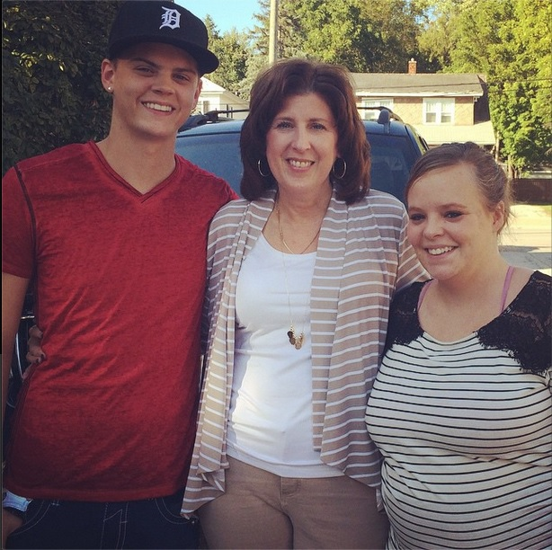 Catelynn Lowell Baby Bump