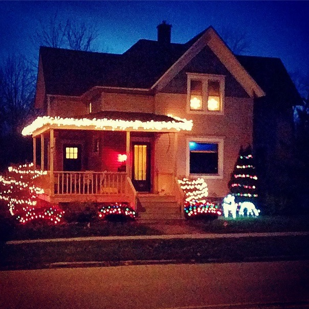 Catelynn Lowell Christmas House